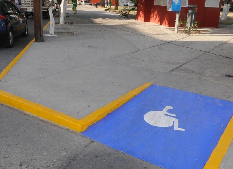 El municipio encara programa de construcci n y refacci n for Rampa de discapacitados