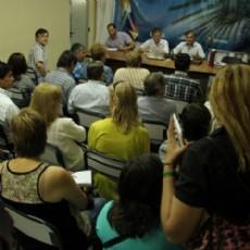 Sergio Soto reunido con los gremios docentes, donde se trat� la situaci�n salarial sin acuerdo.