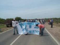 Cortes en la ruta 95 por reclamos de las organizaciones sociales al gobernador Bacileff Ivanoff.