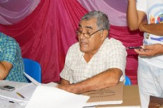 Pedro Edgardo Far�as, secretario del Concejo municipal de Villa Berthet.