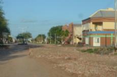 Las calles de la ciudad con los trabajos de mejoramiento y enripiado.