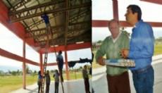 Gustavo Herrera, ex alumno de la Escuela Industrial y conductor del Massismo en Villa �ngela hizo donaciones.