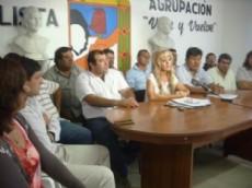 Junta Departamental Justicialista reunida en Las Bre�as.