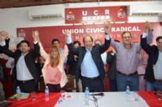 Los m�ximos referentes de la oposici�n se mostraron juntos en la sede de la UCR.